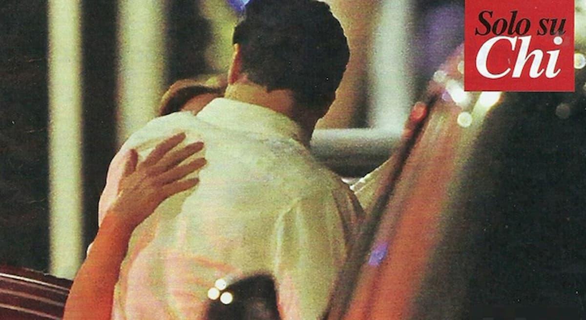 Bacio a Roma per Maria Elena Boschi e Giulio Berruti