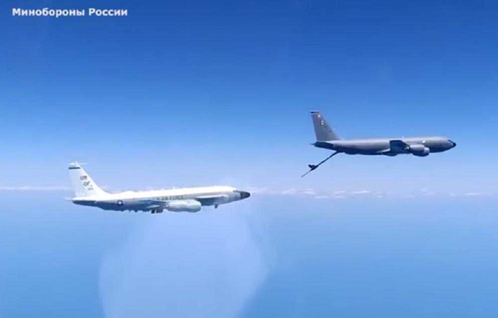 Caccia russo intercetta voli spia americani sul Mar Nero. Il VIDEO dell'affiancamento