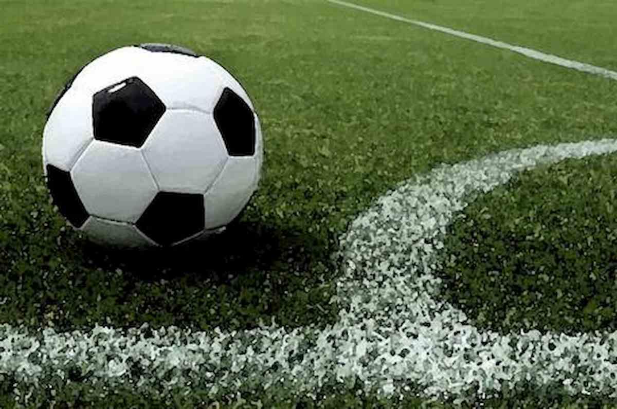 Borgaro Torinese, partita di calcio al campo comunale. Multa di 9 mila euro per 22 ragazzini