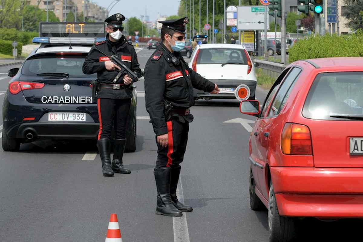 Ventimiglia, aveva in auto 8 kg di marijuana: arrestata pensionata di 63 anni