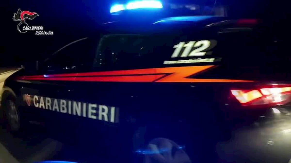'Ndrangheta: a Gioia Tauro i boss con il reddito di cittadinanza. Le carte false delle mogli degli ergastolani