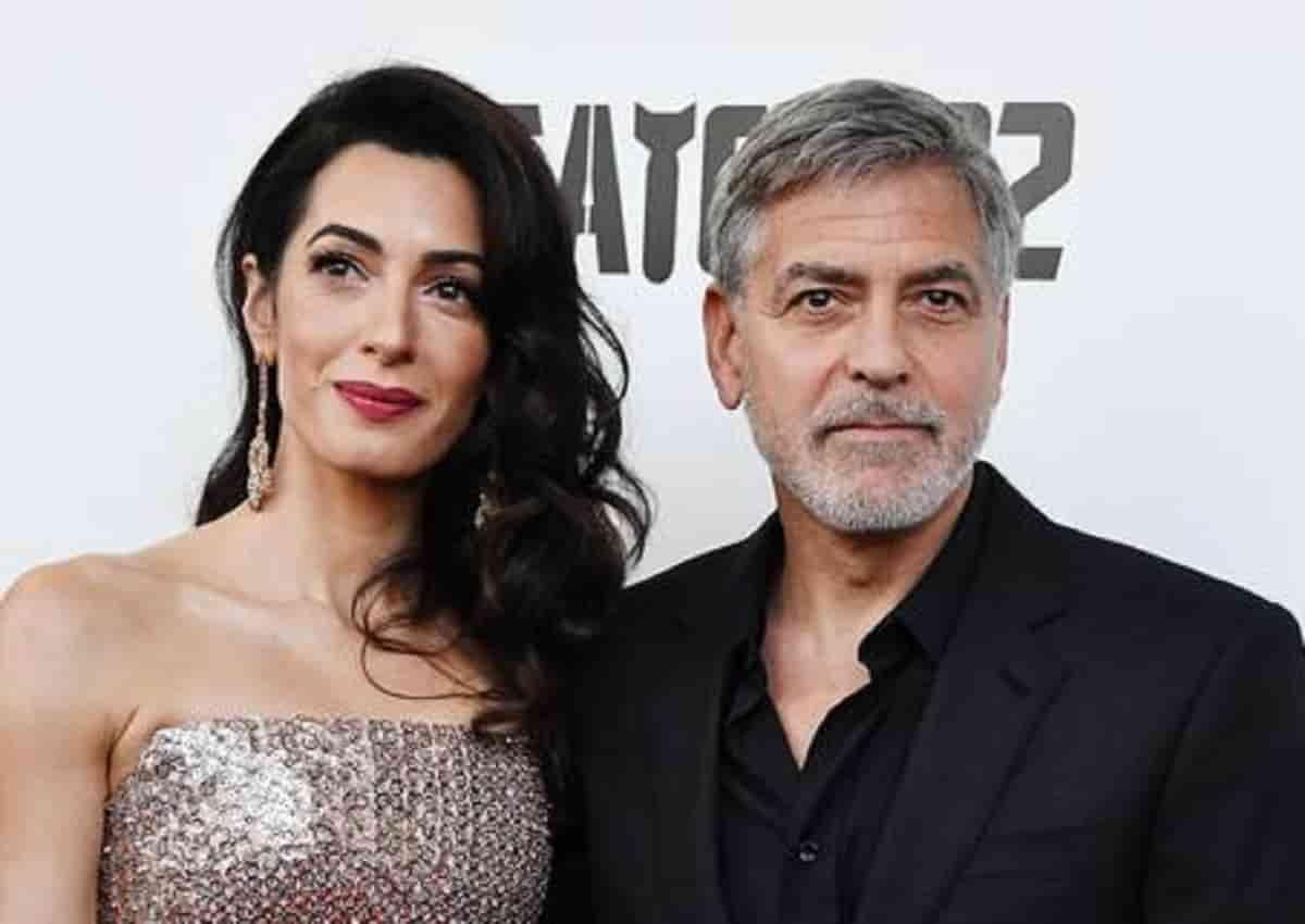 Clooney, Ansa