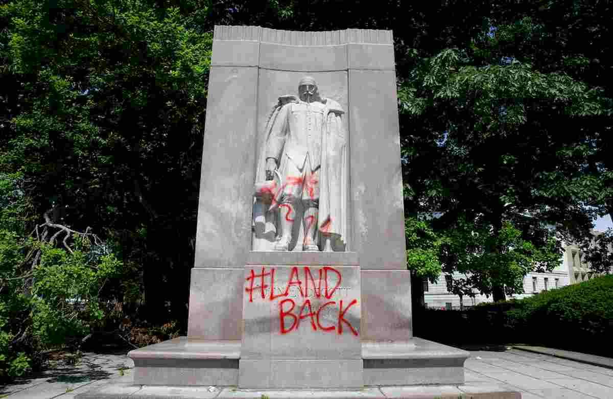 George Floyd, la città di Philadelphia proporr rimozione statua di Colombo