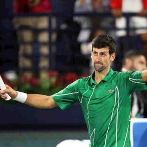 Djokovic a contatto con un positivo al coronavirus. Intanto il tennista si dice contrario al vaccino...