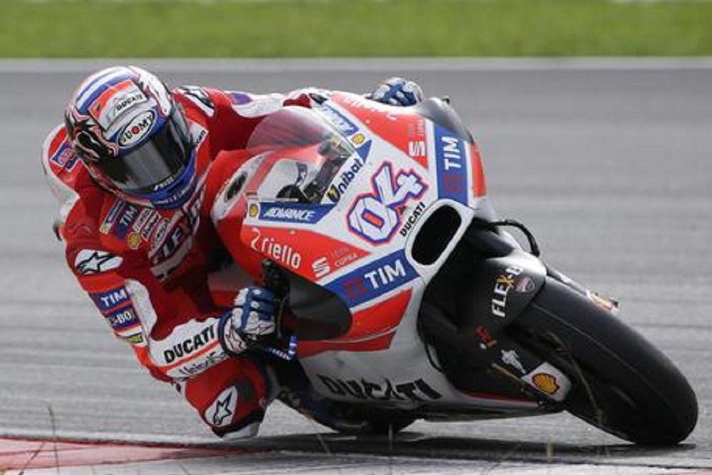 Andrea Dovizioso, infortunio alla spalla in una gara di motocross