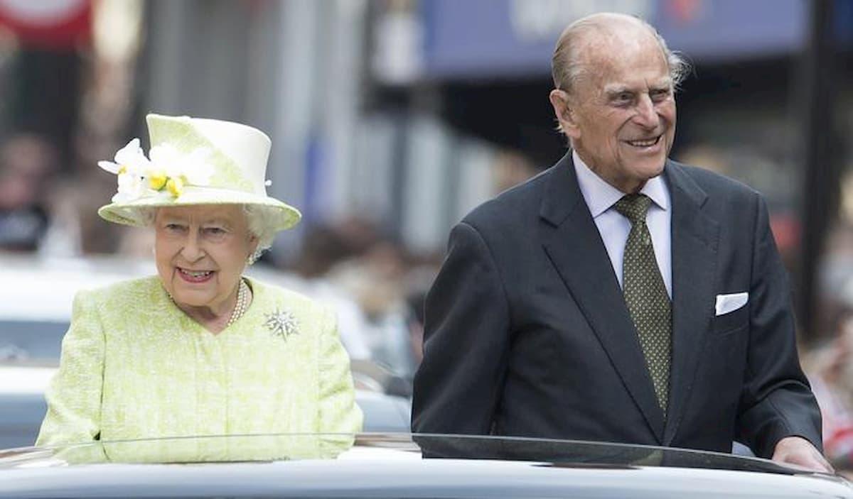 Il principe Filippo compie 99 anni: gli auguri di Carlo, William e Kate