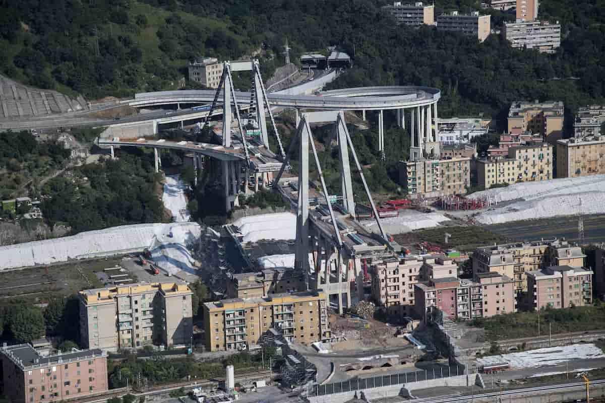 Genova, nuovo ponte: i parenti delle vittime del Morandi non partecipano all'inaugurazione