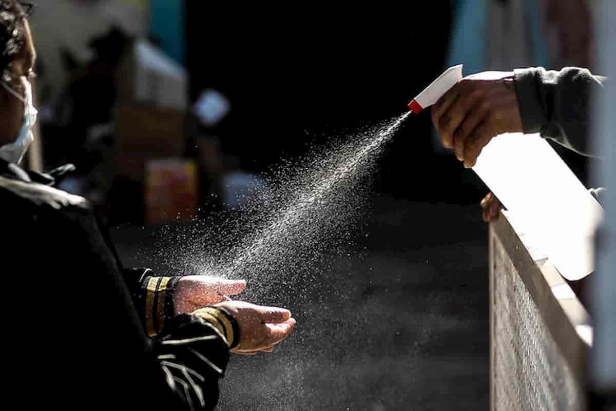 Bevono igienizzanti per le mani per alcolizzarsi: 3 morti negli Usa in New Mexico