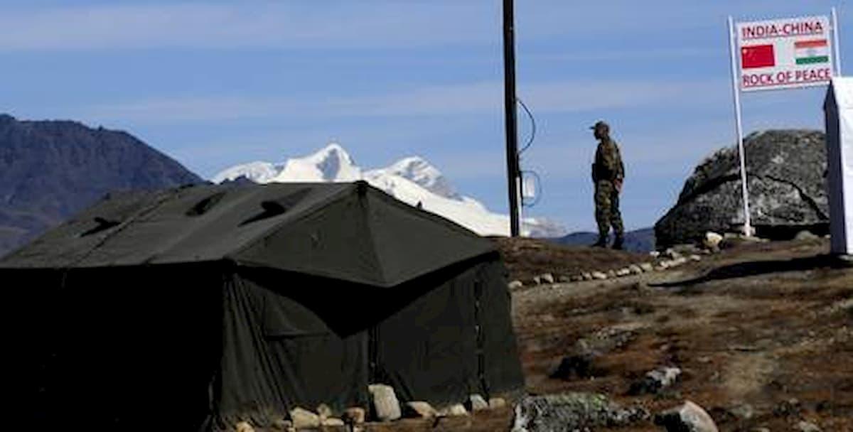 India-Cina, scontri all'arma bianca sul confine. Tre soldati indiani morti, ma niente spari