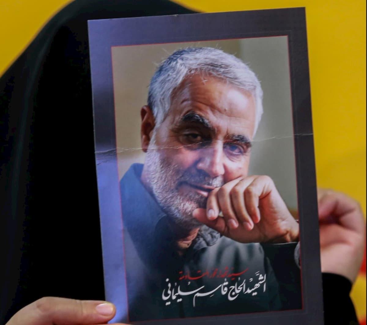Iran, sarà impiccata la spia che rivelò dove si trovava il generale Soleimani, ucciso in un raid Usa