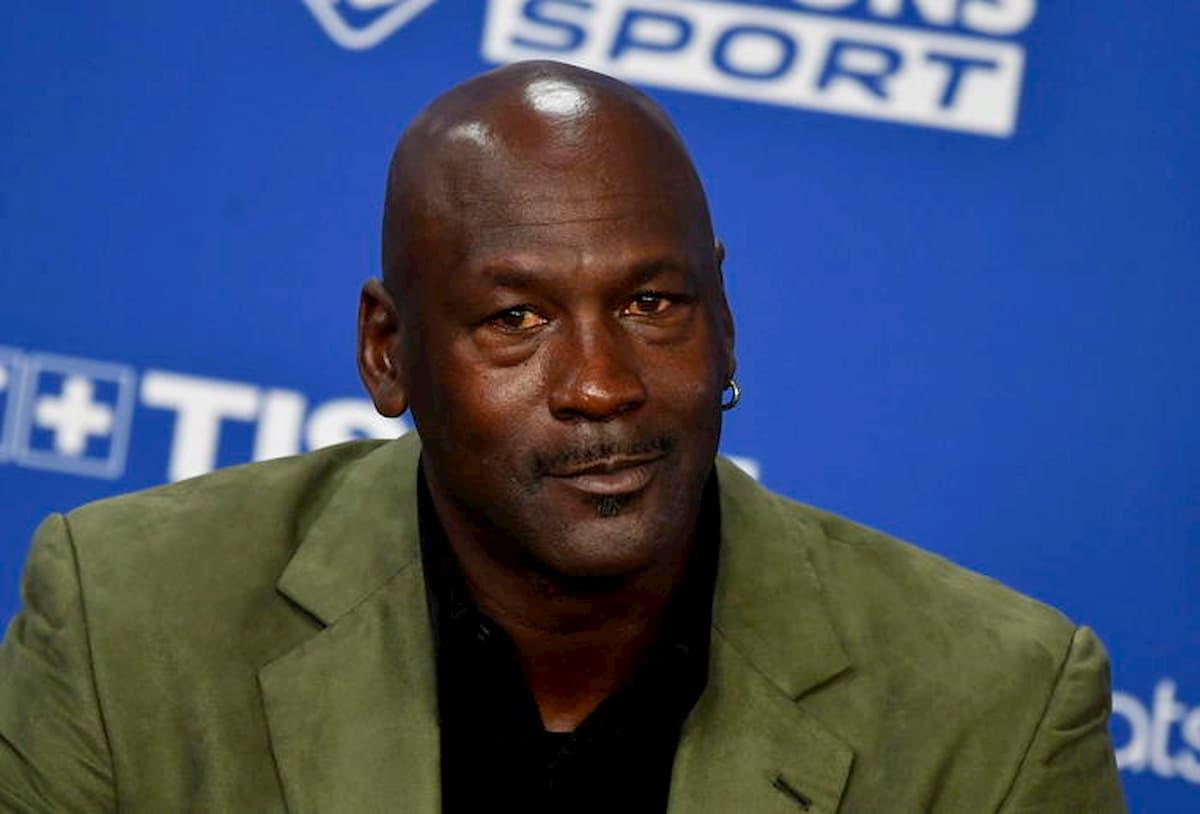 George Floyd, Michael Jordan dona 100 milioni di dollari alla lotta contro il razzismo