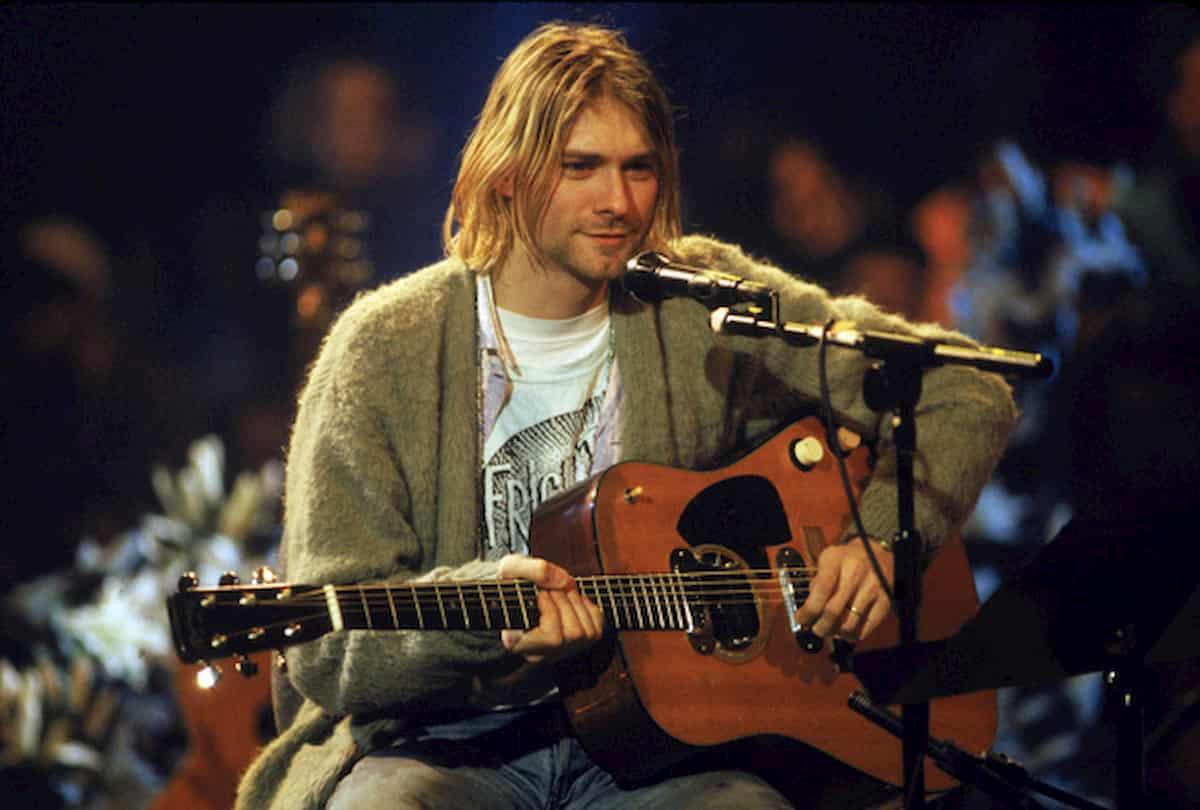 Kurt Cobain durante l'Mtv Unplugged del 1993