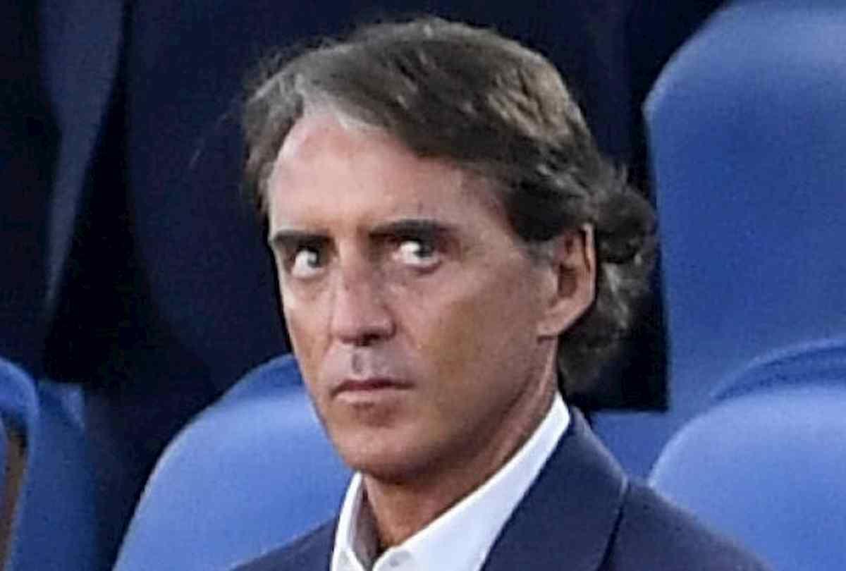 """Napoli-Juventus, Mancini nel mirino dei social: """"Ma si è fatto il botulino?"""""""