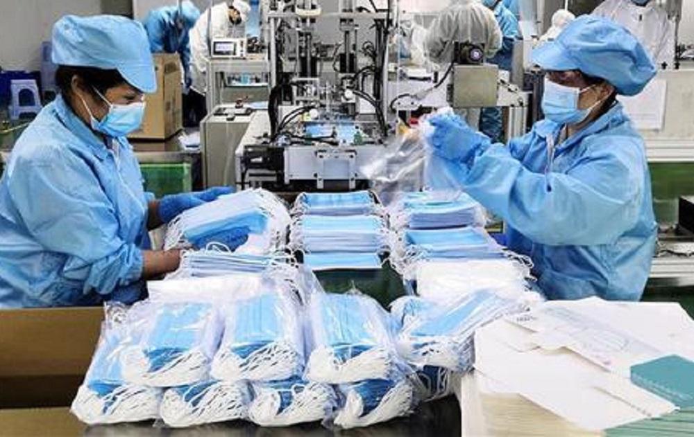 Evasori mascherina. Lavoratori commercio denunciano: a milioni. Libertà? No, violenza