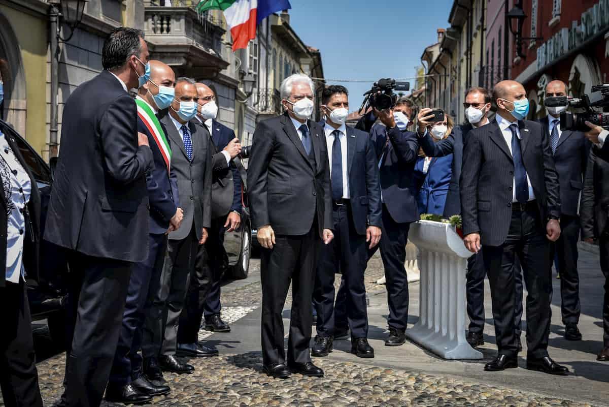 """Mattarella a Codogno: """"Da qui riparte l'Italia del coraggio"""" VIDEO"""