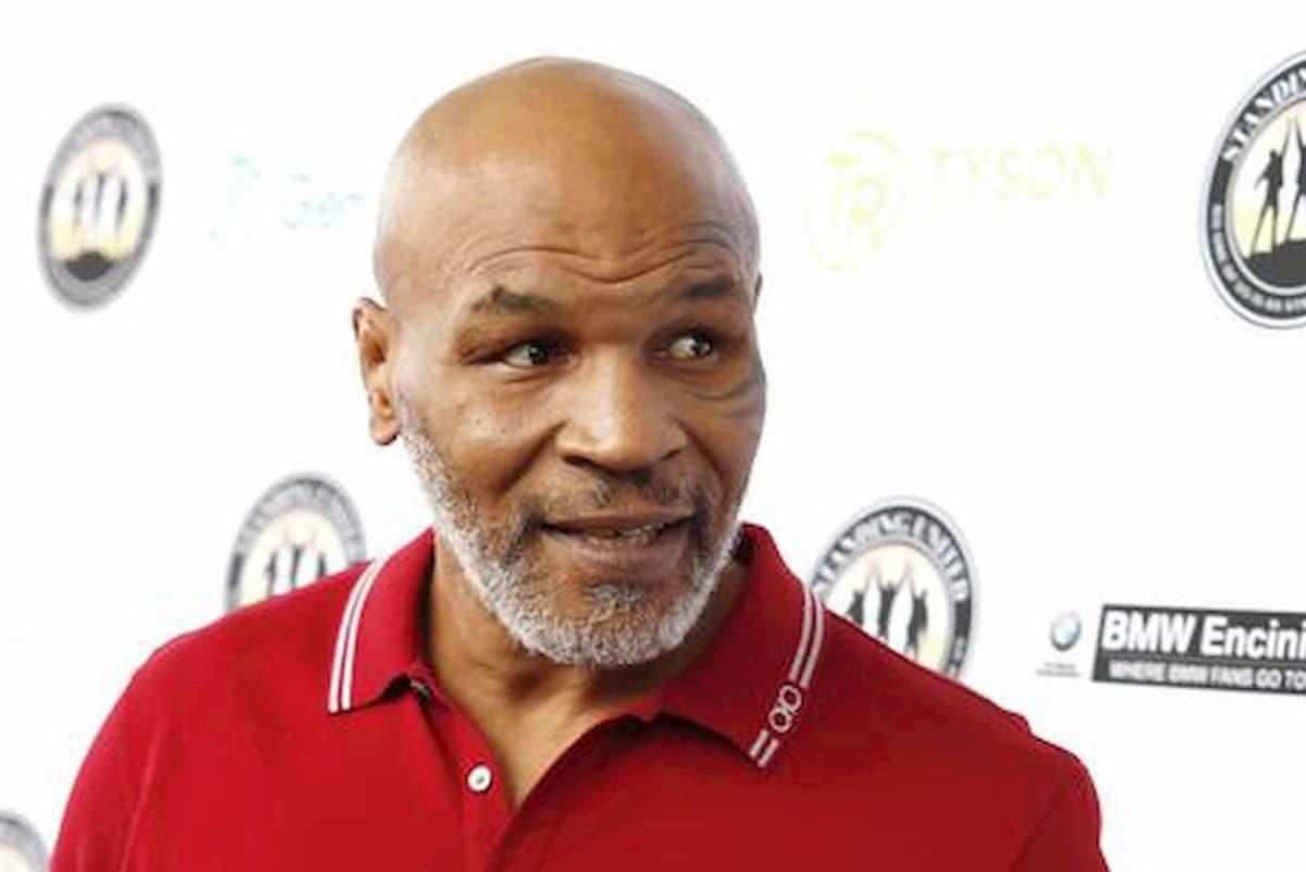 """Dillian Whyte: """"Mike Tyson potrebbe morire sul ring. Sfidare Tyson Fury non ha senso"""""""