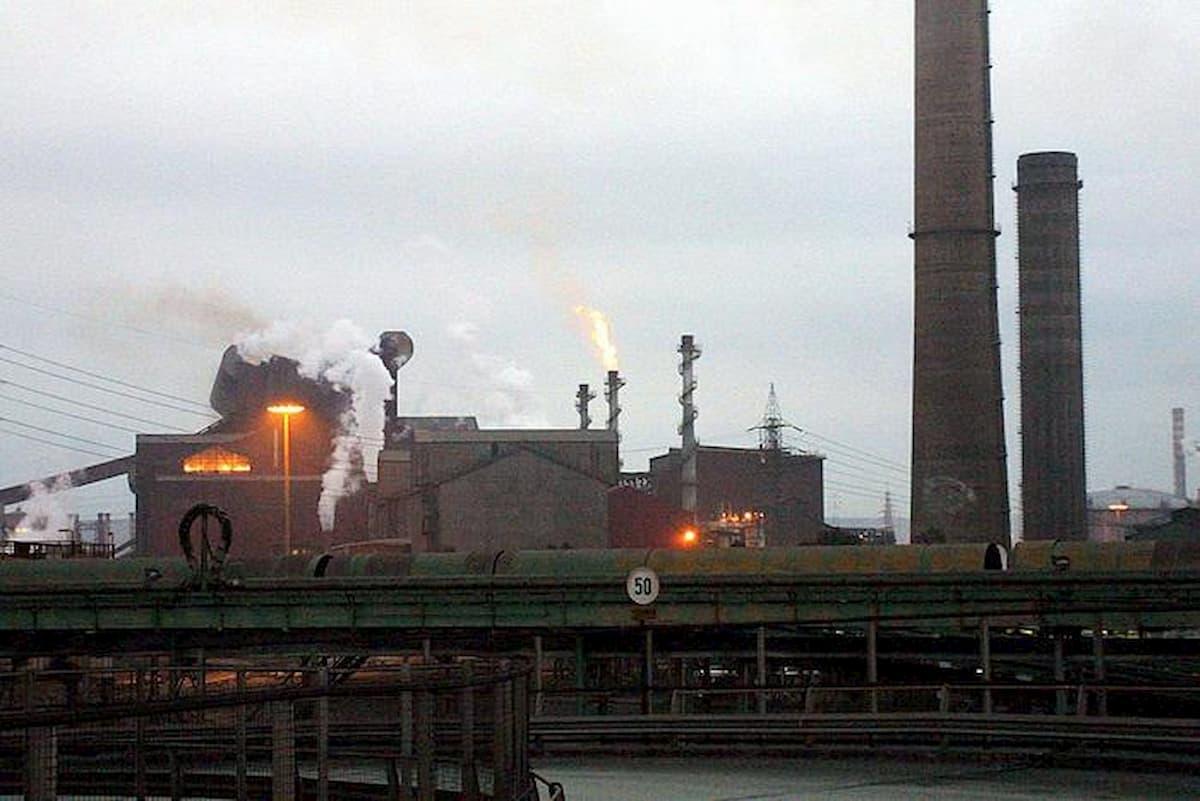 ArcelorMittal: 3.300 esuberi e rinvio su Afo5