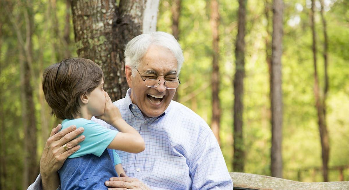 Bonus baby-sitter esteso ai nonni