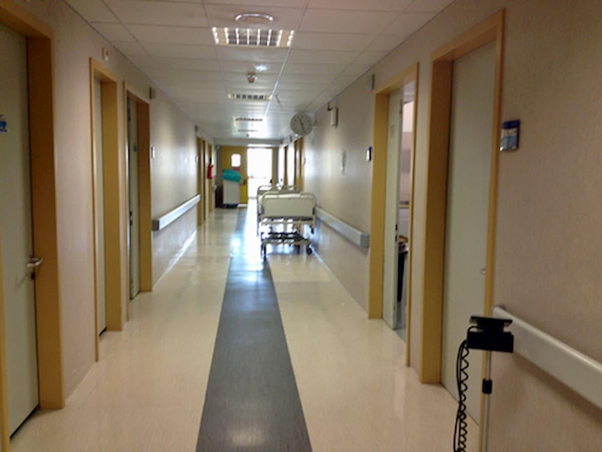 Batterio al cervello, a Verona l'ospedale Borgo Trento chiude il reparto di neonatologia