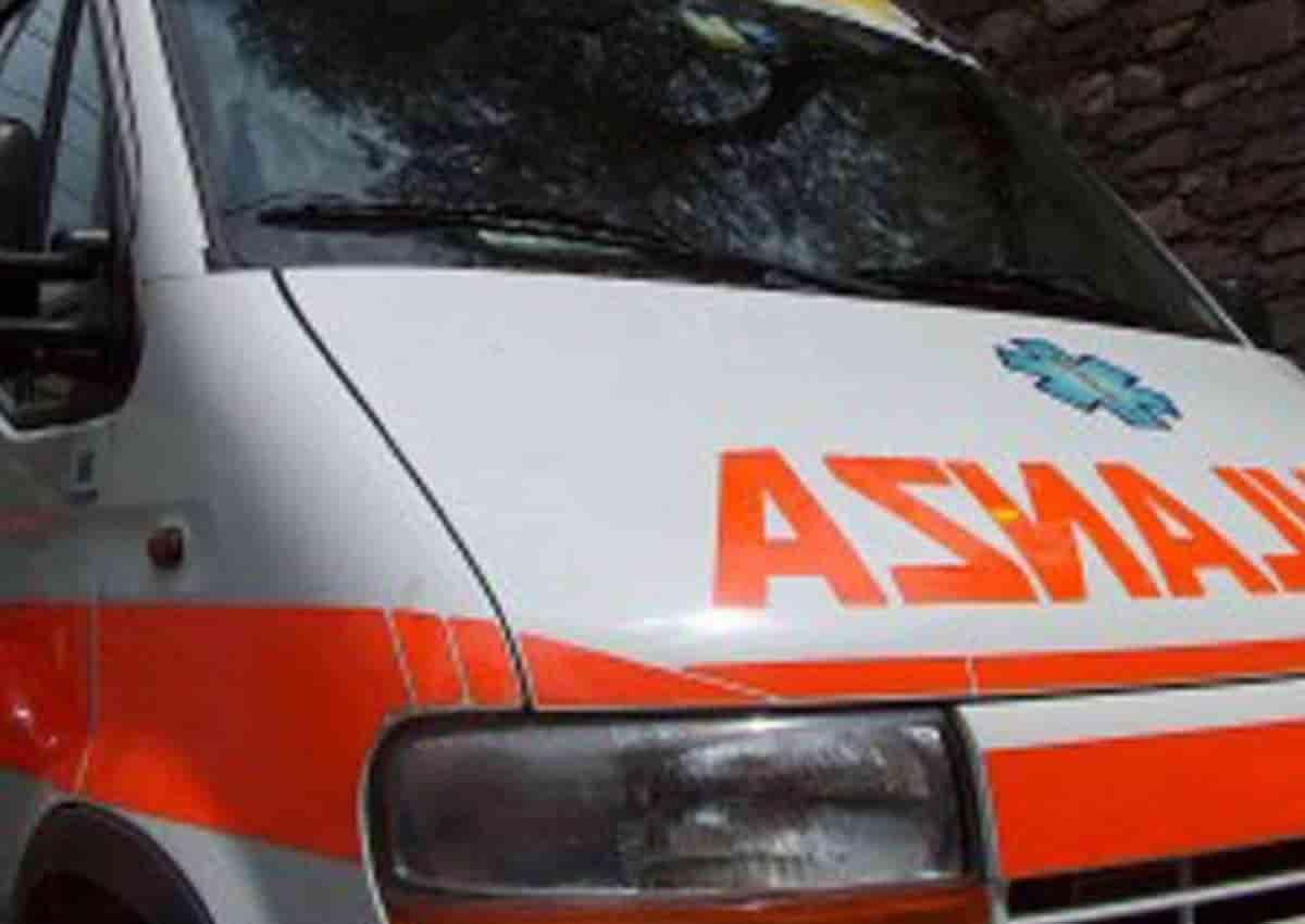 Palermo, la foto d'archivio Ansa di un'ambulanza