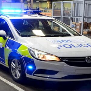 """In Gran Bretagna polizia nel mirino dopo una violenza. """"Politicamente corretto prima della sicurezza"""""""
