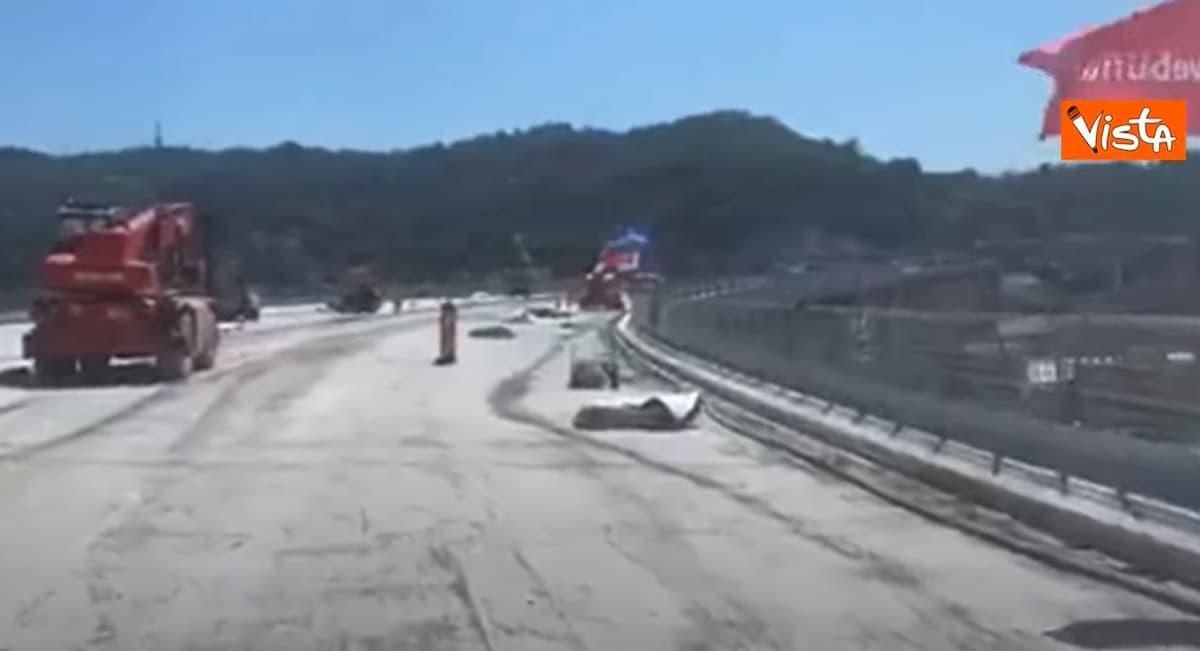 I primi passi di Toti e Bucci sul nuovo ponte a Genova