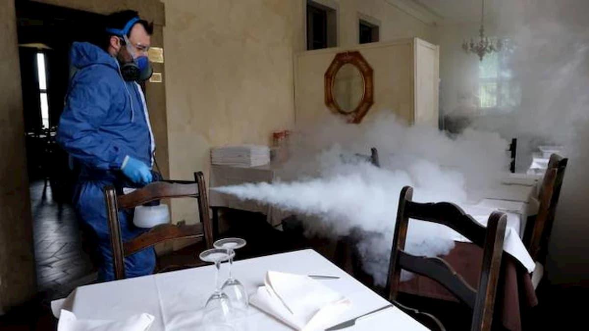 """Cibo e contagio? Il virologo Pregliasco: """"Se cuoci tutto stai tranquillo"""""""