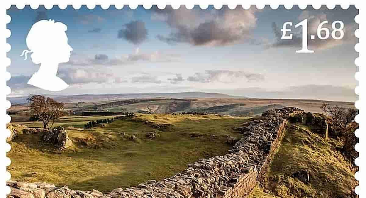 """La Royal Mail celebra """"l'influenza"""" degli antichi Romani in Gran Bretagna con una serie di francobolli"""