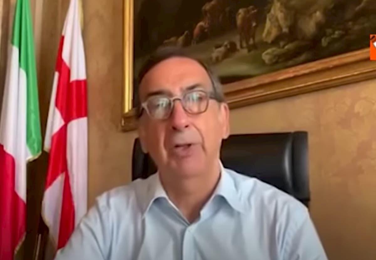 """Lockdown Milano e Napoli secondo Ricciardi. Sala e de Magistris: """"Parla per il ministero?"""""""