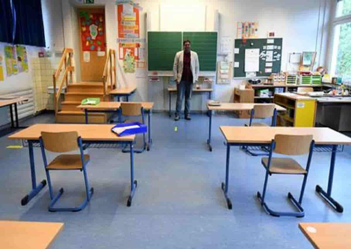 Scuola, una foto d'archivio Ansa