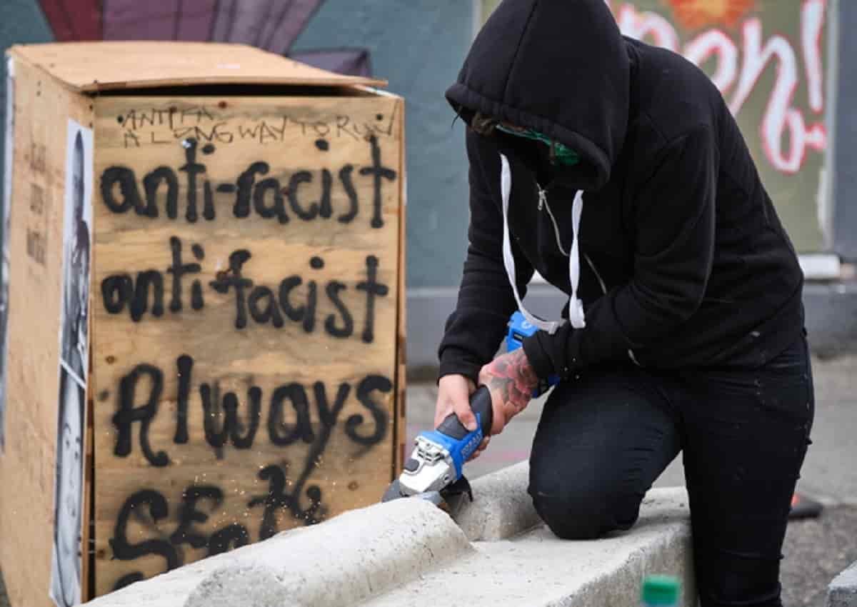 Seattle e una manifestazione per George Floyd, foto Ansa