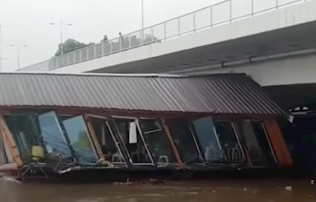 Alluvioni in Serbia: fiumi straripati