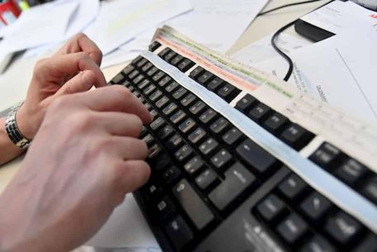 Smart working, il datore di lavoro ti può richiamare in ufficio (solo se è strettamente necessario)