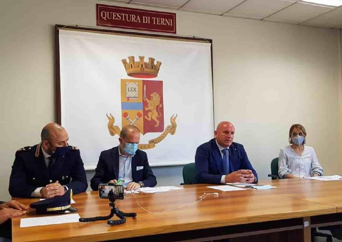 Ternana, Daspo e multe contro gli ultras: la conferenza stampa