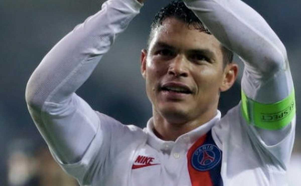 Calciomercato, colpo di scena Thiago Silva: l'ex Milan si svincola dal Psg
