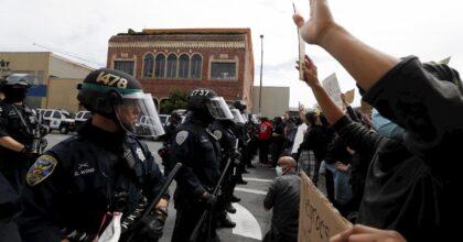 "Minneapolis, Trump ai governatori: ""Siete degli idioti se non arrestate i manifestanti"""