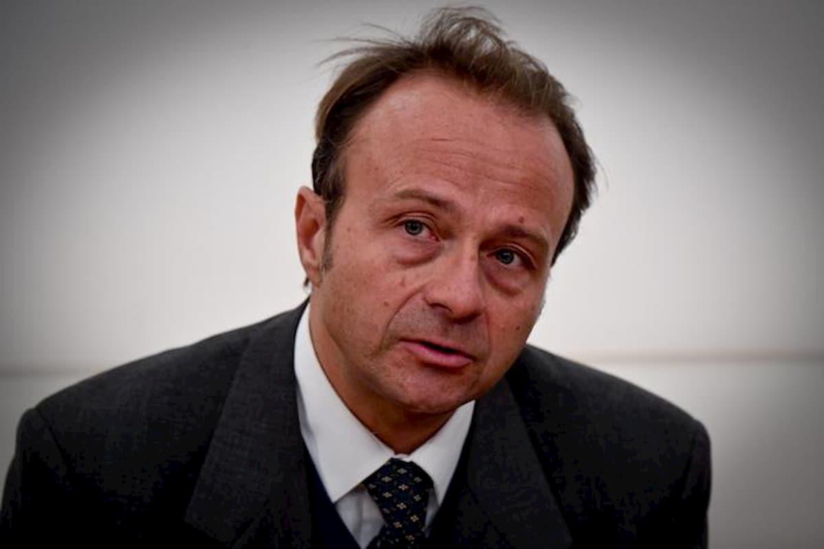 """John Woodcock assolto dal Csm. Parlò dell'inchiesta Consip quando gli fu tolta: """"Scarsa rilevanza"""""""