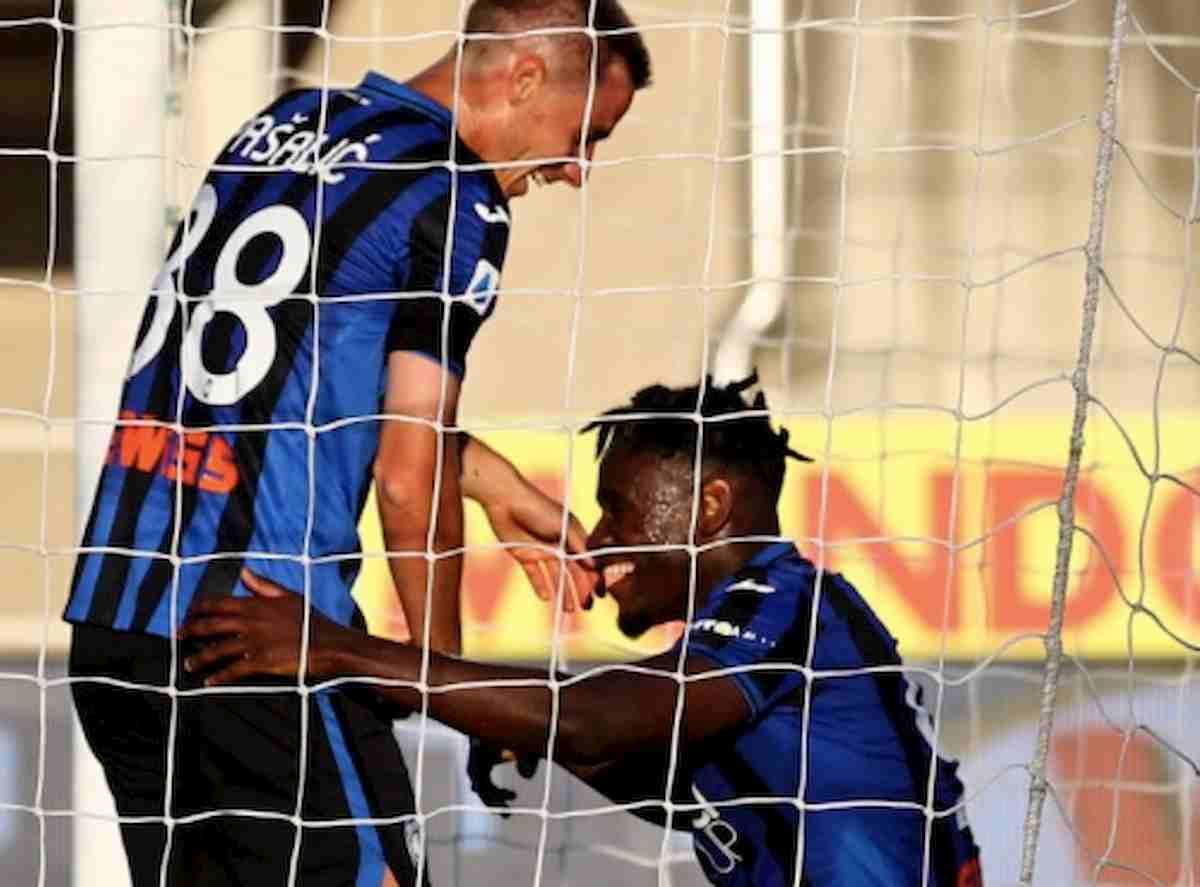 Atalanta-Sassuolo 3-0: esultanza tra Pasalic e Zapata