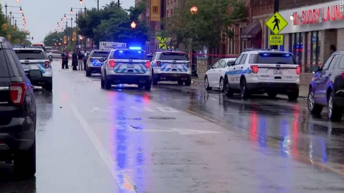 Chicago, sparatoria ad un funerale
