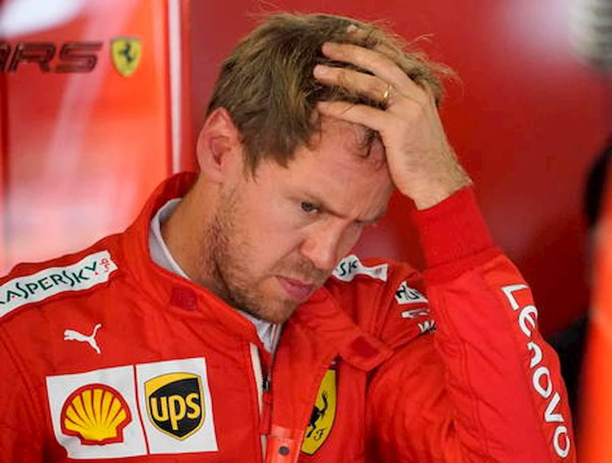 """Leclerc-Vettel, incidente Ferrari in Austria. Il tedesco è furioso: """"Non mi aspettavo che mi tamponasse, non spazio"""