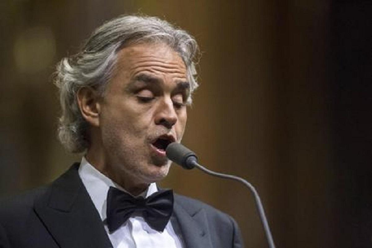 """Bocelli e coronavirus: """"Sono un ottimista non un negazionista"""". Poi la frase su Napoli..."""