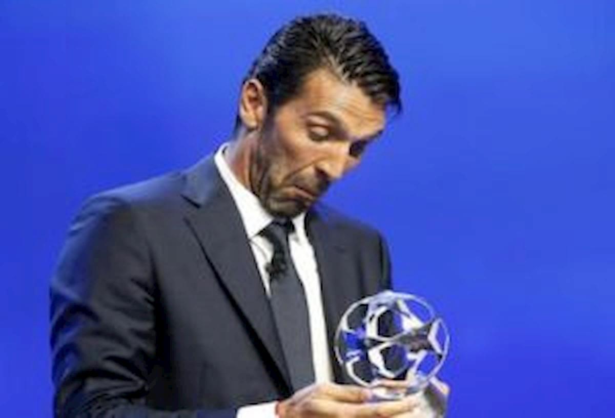 Buffon record presenze Serie A staccato Maldini del Milan