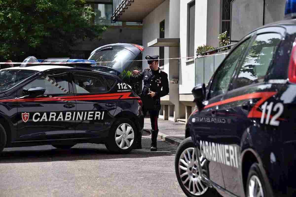 Carabinieri arrestano ventenne
