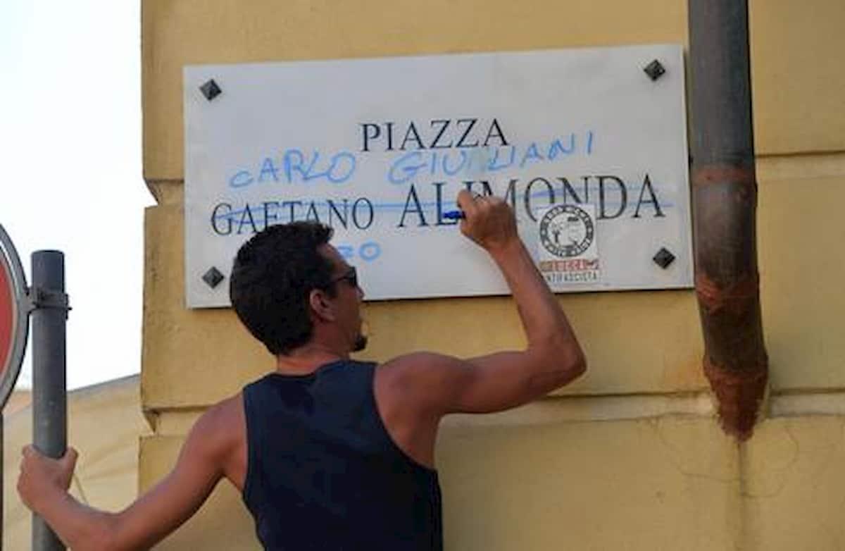 Genova, manifestazione per Carlo Guliani