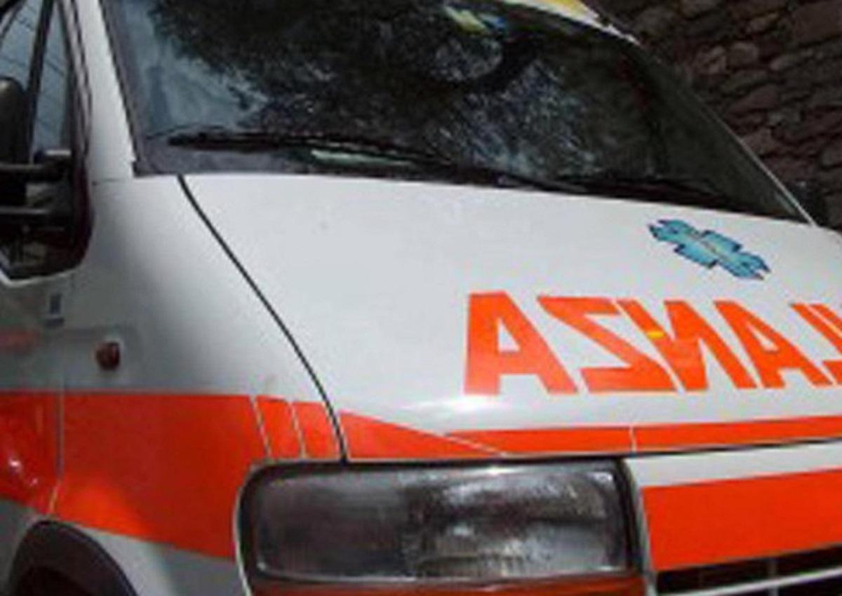 Casal Boccone, nella foto d'archivio Ansa un'ambulanza