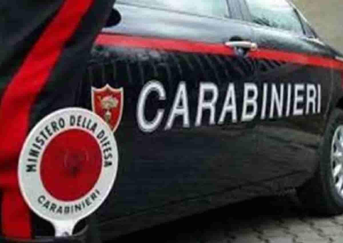 Chieti, foto d'archivio Ansa di una volante dei carabinieri