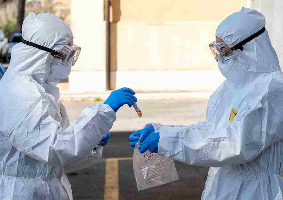 Coronavirus, dagli spermatozoi si capisce in quali parti del mondo colpisce di più