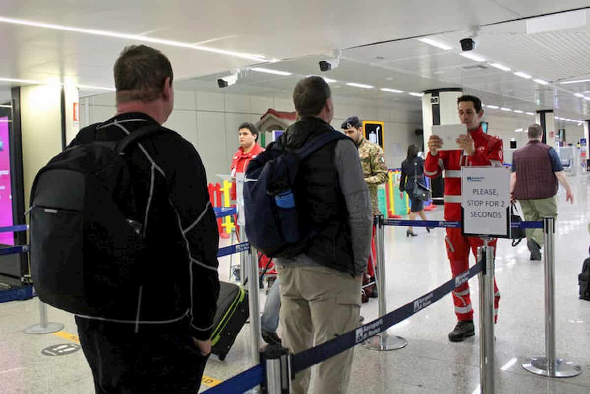 Test rapidi negli aeroporti