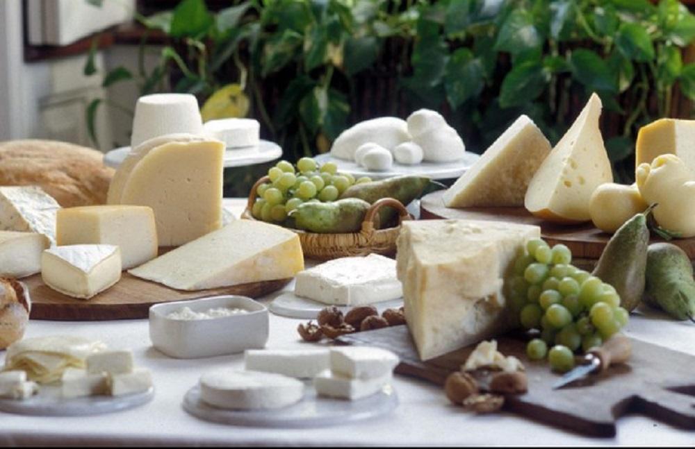 Lotto di formaggio del luinese Dop richiamato per possibile presenza di Escherichia coli