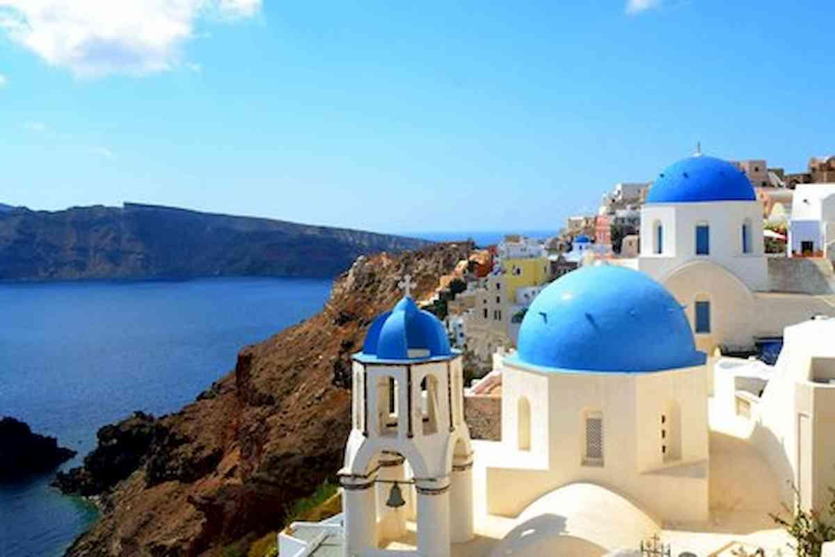 Grecia punta a pensionati europei: aliquota forfettaria 7% per chi si trasferisce